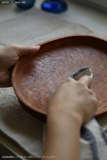 焦げ付きや変色が気になっているお鍋やフライパン・傷みが気になる木製の調理器具は、大掃除でまとめてお手入れ。使わないものは思い切って手放しましょう!