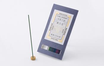 1594年、現在も本店のある京都・西本願寺前で創業したお香の老舗「薫玉堂(くんぎょくどう)」。伝統はそのままに現代のライフスタイルにも馴染むお香を提案しています。