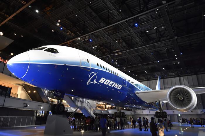 FLIGHT OF DREAMSは、ボーイング787型旅客機の展示がされているエンターテイメント施設でセントレアに併設されています。