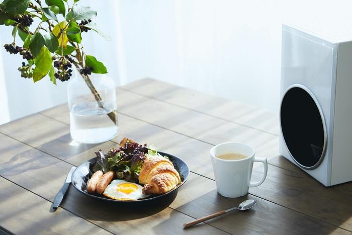 慌ただしい朝に食事を用意してさらにコーヒーをハンドドリップで淹れるのは大変です。でも『&Drip』に任せれば、手間をかけずに充実した朝ごはんに。朝食タイム自体がゆったりとした時間へと変わります。