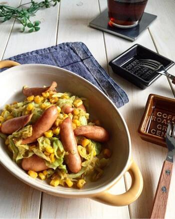炒めても美味しいキャベツ。コーンと一緒にカレー炒めにすれば、朝食やお弁当のおかずにぴったりの一品に。何かと使えるので、覚えておきたいですね。