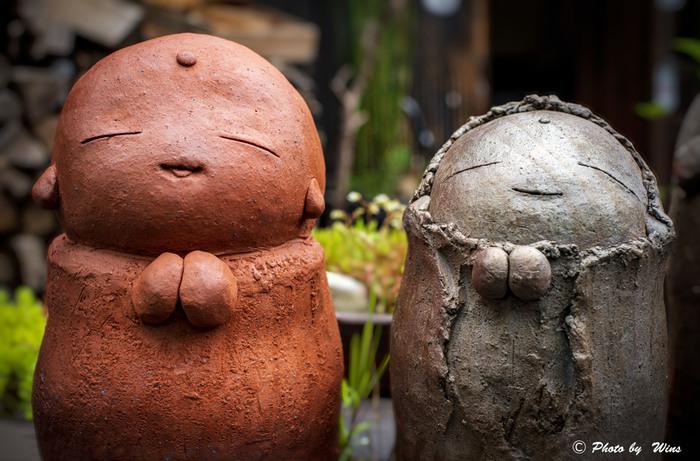 日本六古窯の中でも、最も古い歴史を持つ常滑市は、陶器製造に適した良質な陶土が採取できることから陶芸の街として伝統ある文化を育んできました。現在でも、常滑市には古くから伝わる窯元や陶器文化にふれる体験ができるスポットがたくさんあります。