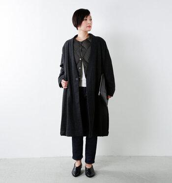 コートの下に着るインナーダウンとして着用するのも◎。着ぶくれ感を抑えてあったかお洒落を楽しめます。