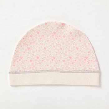 ごくごくシンプルな帽子を意味するワッチ。まだ体温調節が難しい赤ちゃんの初めての帽子としてはピッタリです。冬の寒さ対策にはもちろん、夏はクーラーよけとしても活用できます。