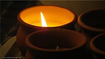 甘い香りと優しい炎に癒される♡蜜蝋キャンドルを手作りしよう!