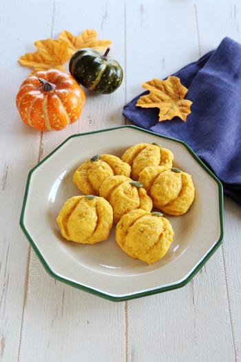 かぼちゃの優しい甘みがおいしい素朴なソフトクッキー。生地を冷蔵庫で寝かせる必要がないので、お手軽に作れます。