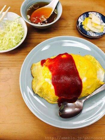 七面鳥に行ったら、まず味わって欲しいのはオムライス。カフェで食べるオムライスとも、お家で作るオムライスともまた違う、中華なオムライスがクセになります。