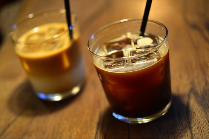 こだわりのコーヒー豆は、中目黒のONIBUS COFFEEのものが定番。その他、CITANに宿泊した人やホステルを通して知り合った国内外のロースターさんのコーヒー豆をゲストロースター枠として扱っています。ゲストの枠は定期的に入れ替わるので、ついつい何度も足を運びたくなってしまいます♪