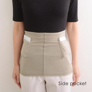アクリルとレーヨンからうまれたデュアルウォームという吸湿・発熱作用のある素材のおかげで、自然な温かさが長続き。ポケットの位置をずらせば、左右から温めることもできます。スカートを履く日の冷え対策によさそうです。
