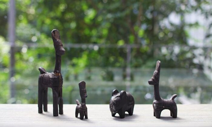 デンマークで、ハンドメイドのラタン家具を扱うブランドとして1950年代にスタートした「Sika Design(シカデザイン)」の鉄製のオブジェ。画像左から Lucky Animal (ラッキーアニマルL )、同じくラッキーアニマルS、「/Healthy Animal(ヘルシー アニマル) 」、ラッキーアニマルM。