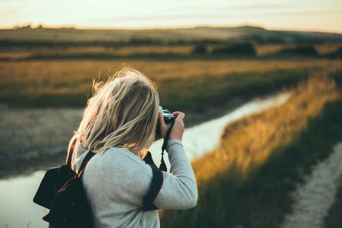 他人事であれば、損得感情を抜きにして冷静な判断ができます。また、良い意味で適当に、深刻になりすぎずに広い視野を持つことができるでしょう。