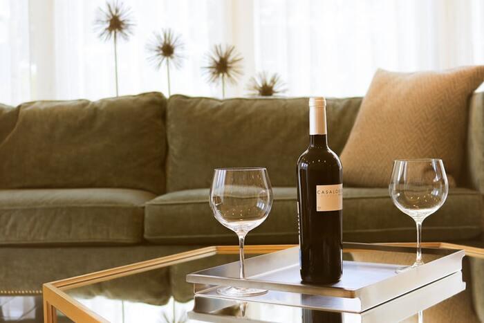 美味しいお料理に気の利いた飲み物、掃除の行き届いたお部屋―― お客様を自宅に迎える場合、まず考えるのは、そうした段取りや用意する物ですよね。さらに、テーブルアレンジやお花など・・・考えることはいっぱい!