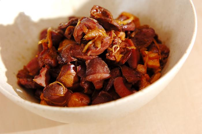 鉄分豊富な肝とたっぷり生姜のぽかぽか効果で、冷えや貧血が気になる女性におすすめの料理。生姜が肝の臭みを消して、とても食べやすくしてくれます。独特の食感も楽しんで。