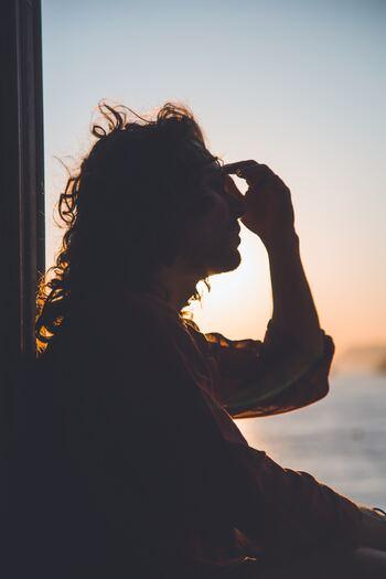私たちの暮らしに潜む、さまざまなストレス。ストレスをため込んでしまうと、人に優しくできなかったり、むやみに落ち込んだり、疲労回復に時間がかかったり…。ストレスは心だけでなくカラダにも悪影響を及ぼします。 またビジネスシーンや住環境、人間関係など気付かないうちにストレスを抱え込んでしまっている人も多いといわれています。