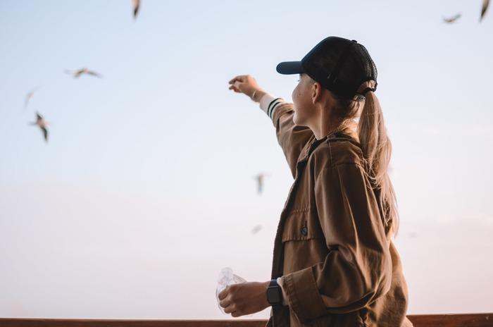 嫌な記憶が頭に浮かぶ度に「もう忘れよう」と強く思うことが逆に定着につながってしまう可能性もあります。つまり、「忘れる力」を高めるとは、「無」にするのではなく違うことに集中する方が早道と言えるでしょう。