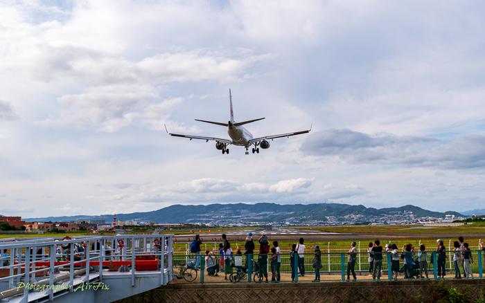 2020年夏頃に全面リニューアルが完了予定の伊丹空港には、最新のお土産やおすすめスポットなど、ワクワクするような見どころが満載!今回は、そんな伊丹空港のおすすめスポットをご紹介します♪