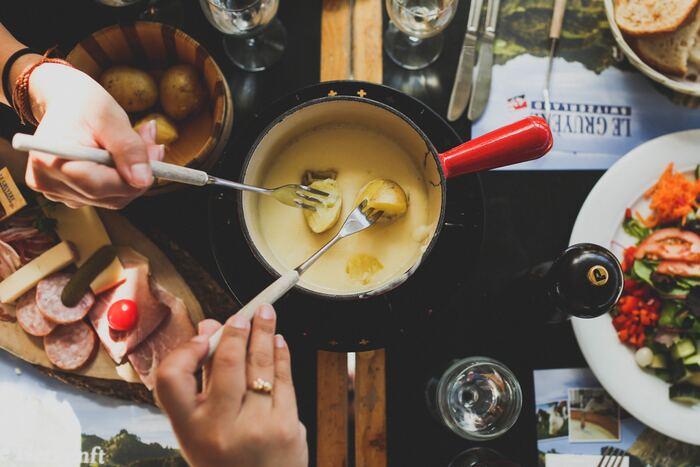 とろ〜りチーズがたまらない♡都内【チーズフォンデュ】が食べられるお店5選
