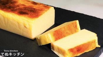 こちらはなんとピザ用のチーズを使ってチーズテリーヌを作るという、ユニークなレシピです。リーズナブルに濃厚なチーズテリーヌを作れるので、ぜひ試してみたい一品です。