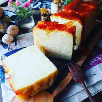 マッシュにしたさつまいもを混ぜ込んだチーズテリーヌです。お砂糖をキャラメリゼして、トップをおめかししています。パリッとした食感がプラスされて、おもてなしにもぴったりな雰囲気に。
