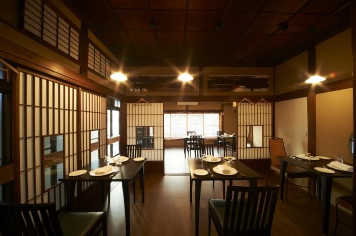長谷駅からすぐ近く。古民家を改装して作られた「シンポジオン」は、古民家の落ち着いた空間で絶品イタリアンをいただけるお店です。