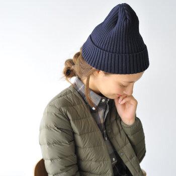 いつもの冬コーデをワンランクアップ!大人の「帽子スタイル」