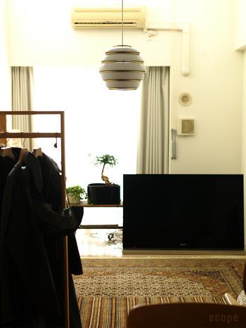点灯・消灯にかかわらず、ペンダントライトはお部屋のおしゃれなアクセントに。