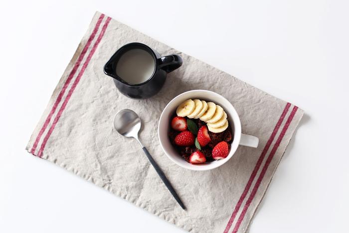 続いてご紹介するのは、日本が産んだブランド「Pint!」です。Pint!のキッチンクロスは、ヨーロッパ風の可愛らしい色味とデザインがポイントで、リネン素材100%の触り心地の良いキッチンクロスです。