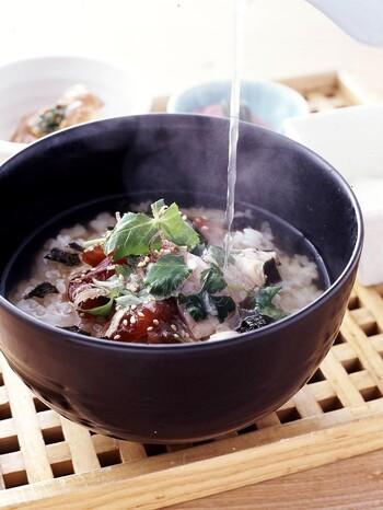 厳選した3種類の削ぶし、昆布、いりこ、かつおでとった出汁に、鶏のスープを加えた特製出汁がおいしさの秘密♪和食ならではの味わいを楽しめます。