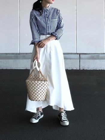 着まわししやすい「白のスカート」は、1枚持っているととても重宝します。シーズンごとに合わせたコーディネートで、白スカートをデイリー使いしてみませんか?