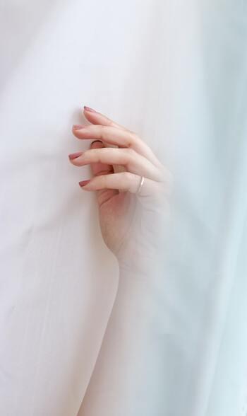 手元・指先のおすすめケア&おしゃれ法をたっぷりご紹介いたしました。気になるケア方法やアイテムは見つかりましたか?手元・指先間でしっかりケアして、素敵な女性を目指しましょう♪
