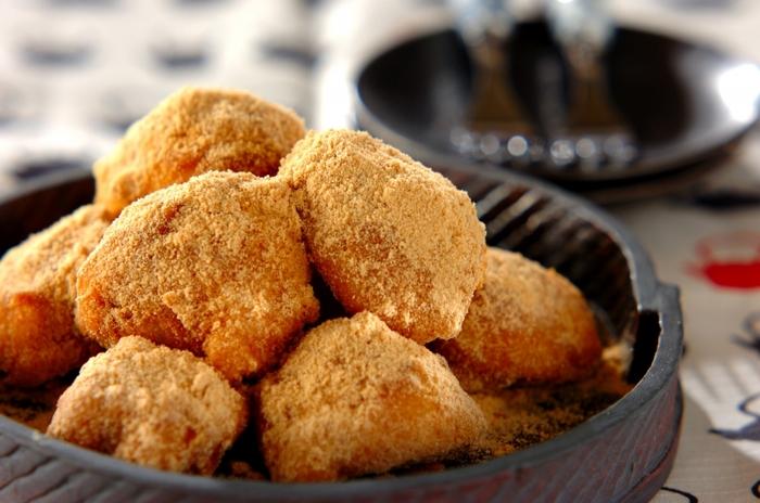 和菓子に合う米粉は、お団子にすることで存分にモチモチ食感を楽しむことができます。混ぜて茹でるだけと簡単ですぐできるので、おやつにぴったりですよ。