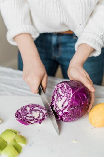 自分のためだけに作る料理って、疲れている時は手を抜きがち。でもそれだと栄養が不足してしまい、ますます元気が出ません。1人だからこそ自分のためを思って料理してみませんか?1人分レシピならグッと作りやすくなりますよ。