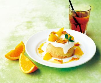 見た目もとっても可愛らしいシフォンケーキ、「べべしふぉん」も大変人気があります。華やかでボリュームもある美味しいおやつですよ。
