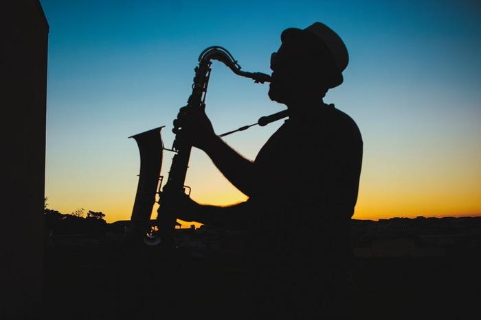 いかがでしたか?東京から全国各地まで、素敵なジャズバー&ジャズ喫茶をご紹介しました。今夜はジャズの音に浸って、大人な時間を過ごしませんか?