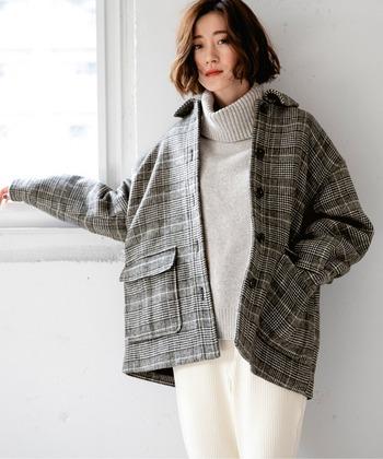 無地が主体でしたが、ファッションアイテムとして流行するようになり、チェックなどの柄物も増加。素材もメルトンウールだけでなく、ボアやコーデュロイなどのアイテムも店頭に並び、選択肢の幅が広がっています。