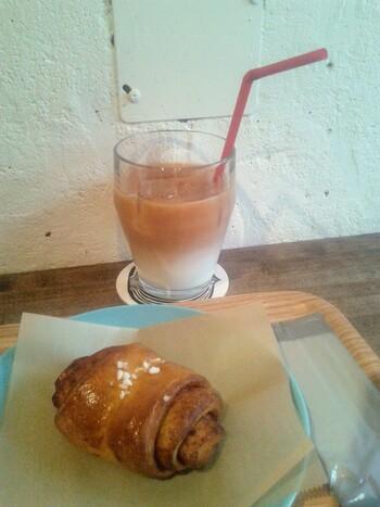イストゥットに来たら食べておきたいのが、フィンランドのレシピで作った自家製のシナモンロール。優しい甘さが、心をほっと和ませてくれます*