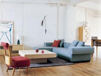 日本から世界へとオリジナルデザインの家具を発信するインテリアブランド「IDEE」。IDEEとはフランス語で「理念」という意味。今までの観念にとらわれず、シンプルながらも新しいデザインに挑戦し続けています。