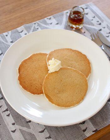 ふわふわ&しっとりした口当たりで、一口食べると幸せな気持ちになるパンケーキ。カフェや専門店で食べるのもいいけれど、自宅でふんわりおいしいパンケーキを作ってみるのはいかがでしょうか?