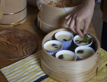 麺つゆを入れる本来の用途以外にも、小鉢や茶わん蒸し、湯のみ、デザートカップなど、マルチに活躍してくれます。