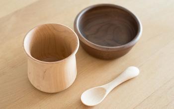 きのこ型の愛らしいデザインと、丁寧に作られた日本製は贈り物にぴったり。食事の時間が楽しくなりそうですね。