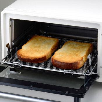 コンベクションオーブン機能はファンを稼働させることで熱風を強制対流させるため、「ムラなく加熱できること」が大きな魅力です。焼きムラをぐんと軽減させることができるので、一安心ですよね。