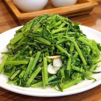 空芯菜炒めや卵チャーハンなど、そのほかのメニューもたくさんありますよ。  お酒にぴったりなメニューも目白押し。この機会に予約して、点心から面、一品料理まで、さまざま台湾料理を堪能しませんか。