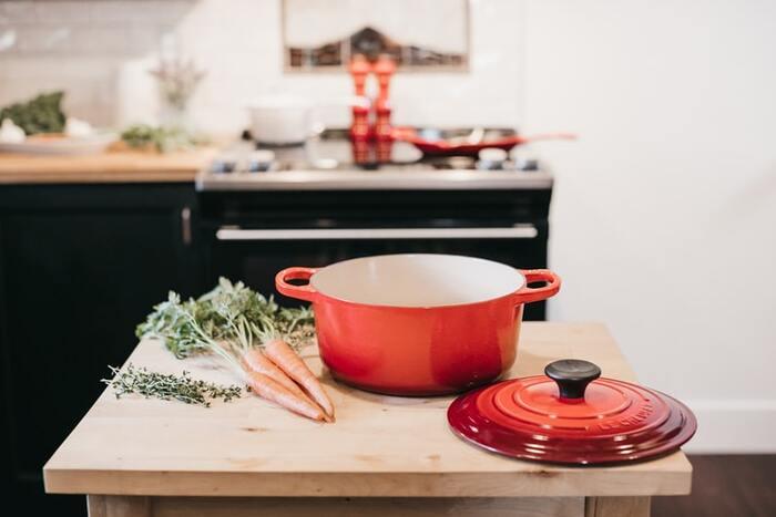 そこで、炒める、焼く、蒸す、煮る、揚げるというサイクルもゆるく決めてしまいましょう。食材と調理法の大枠が決まっていれば、より一層考えやすいでしょう。
