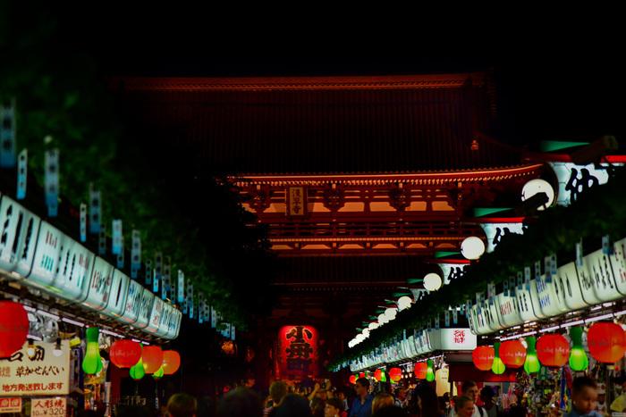 伝統と歴史ある日本・古き良き東京・新しい未来へと歩み始めているTOKYO…  浅草はそのすべてが入り交じり、上手に共存できている東京らしい街だと感じています。さあ2020年、改めて東京の魅力を探りに浅草さんぽへ出かけましょう!