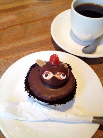 喫茶店で食べるもよおすすめはタヌキケーキとミミーサブレです。どちらもレトロで可愛らしく、思わず誰かに見せたくなる。し、お持ち帰りするのもよし。
