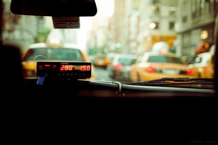 時間がない時のタクシー、手が回らない時の家事代行などは毎日使わなくてもいざという時には利用したいですよね。もちろんその前に自分の日々の時間の使い方について、改めて見直す必要があるでしょう。