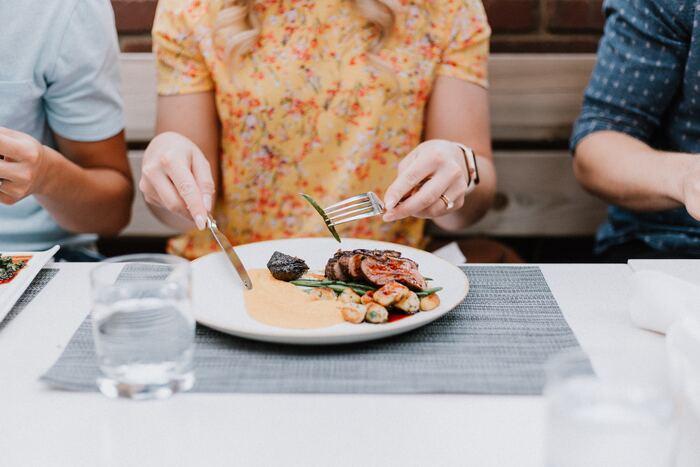 今日はお家で洋食レストラン!簡単でおしゃれな〈3品フルコースディナー〉