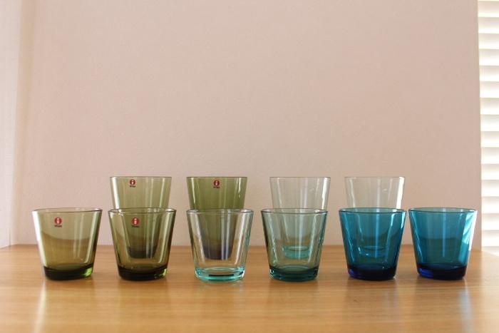 北欧インテリアを気軽に楽しむなら、北欧ブランドの雑貨を取り入れてみてはいかがでしょうか。  フィンランドのガラス製品メーカーのイッタラは、日本国内でも人気のブランド。汎用性の高いシンプルなデザインと、手になじむ使いやすさが魅力です。グラスを中心として、器や花瓶などさまざまなガラス製品がラインナップされています。