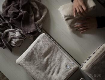 □ 棚や引き出しを1段整理・掃除する □ 洋服ダンスの服を1段分畳みなおす  □ 提出物を処理する □ 家計簿をつける □ 家の中のゴミをまとめる □ お財布の中身を整理する □ バッグの中身を整理する □ スマホ内のいらない写真やメールを整理する □ 電池を交換する  □ ボタン付けなどの繕い物をする □ アイロンや毛玉取り器をかける  etc.