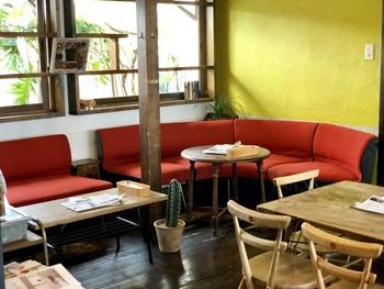 オシャレで洗練された内装で統一された店内は、落ち着いた居心地の良い空間が広がっており、いつまでも座っていたくなるような雰囲気を醸し出しています。